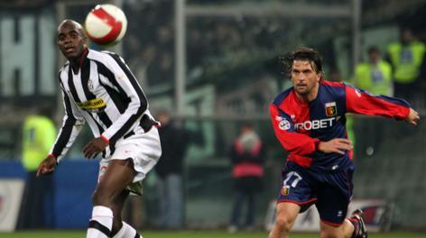 Omar Milanetto con la maglia del Genoa. Ap