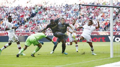 Il gol del momentaneo 2-0 di Richards. LaPresse