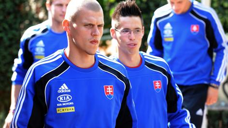 Martin Skrtel, 28 anni, con Marek Hamsik, 26. Afp