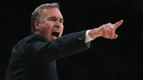 Mike D'Antoni, coach dei Lakers. Afp