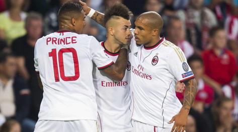 El Shaarawy esulta con Boateng dopo l'1-0. Reuters