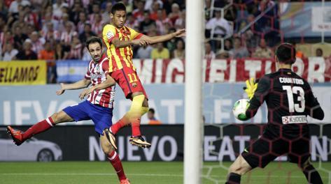 Neymar di testa segna l'1-1. Epa