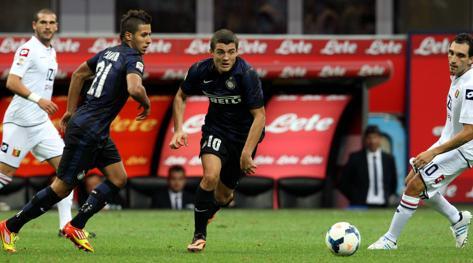 Mateo Kovacic e Saphir Taider in campo contro il Genoa. Forte
