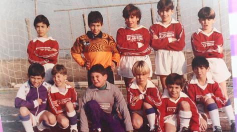 Daniele De Rossi in una foto di quando era bambino:  è il quarto da sinistra degli accovacciati. Gino Mancini