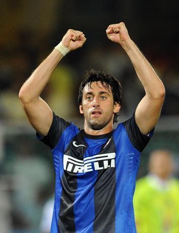 Terzo posto per Diego Milito. 5 mln a stagione per l'attaccante nerazzurro. Ansa