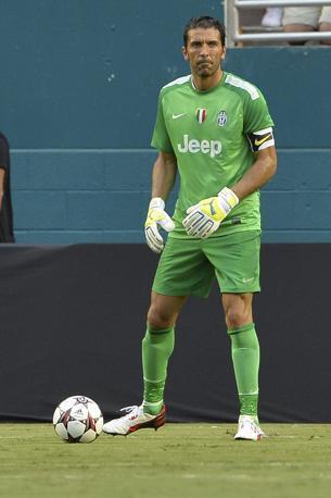 Nono posto per Gianluigi Buffon. 4 mln a stagione per il portiere della Juventus e della Nazionale. Lapresse