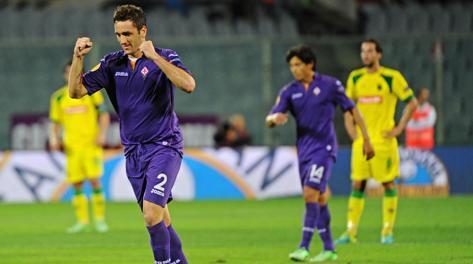 L'esultanza di Gonzalo Rodriguez per il gol dell'1-0. Ansa
