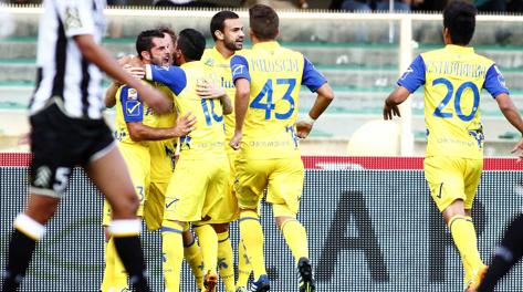 Серия А. 4-й тур. Возвращение Милито, голевой дебют Льоренте и незабитый пенальти Балотелли - изображение 2