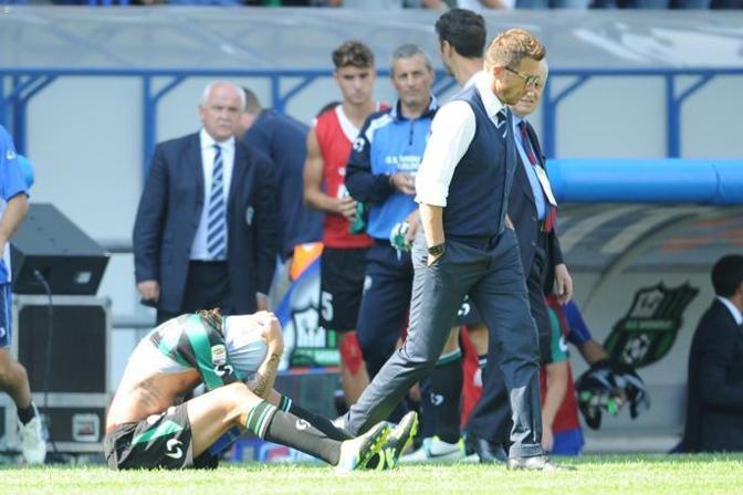 La disperazione del Sassuolo dopo il 0-7 con l' Inter . Lapresse