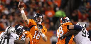 Peyton Manning, superbo anche contro Oakland. Reuters
