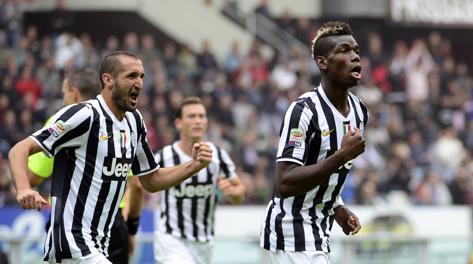 Paul Pogba esulta dopo il gol dell 1-0. Afp