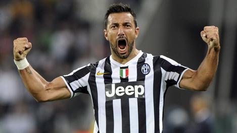 Fabio Quagliarella dopo il gol del 2-1. Reuters