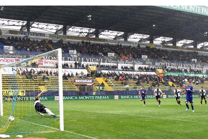 parma 1 3 sassuolo milan - photo#40