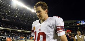 Eli Manning: con i 3 di Chicago è  a 15 intercetti in 6 gare. Usa Today