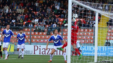 Un momento del match Spezia-Brescia. LaPresse