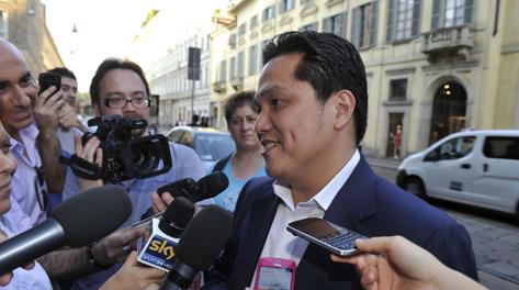 Erick Thohir con i giornalisti a Milano. Ipp