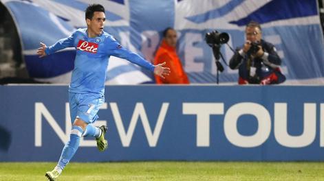 José Callejon festeggia il gol dell'1-0. Epa