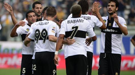 Il Parma in trionfo: Donadoni tocca quota 12 in classifica. Afp