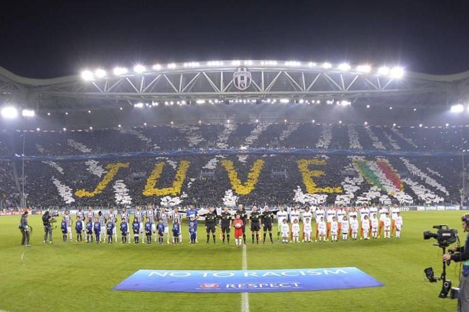 Juventus real madrid 2 2 gol di vidal su rigore ronaldo for Esterno juventus stadium