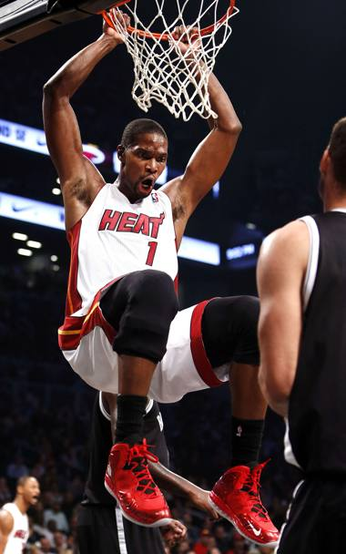 Chris Bosh, completa i big Three di Miami con 17.3 punti Lapresse