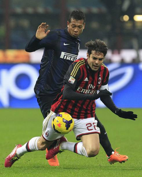 Guarin commette fallo su Kak�. Reuters
