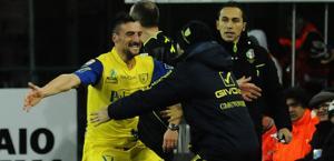 L'esultanza di Sardo dopo l'1-0 Chievo. Ap