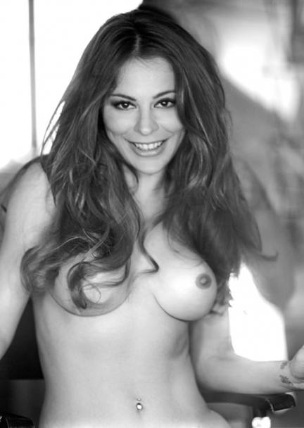 Naike Rivelli a luci rosse. Video nuda come mamma (Ornella Muti) l'ha ...