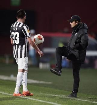 Conte, assist per Isla. Ap