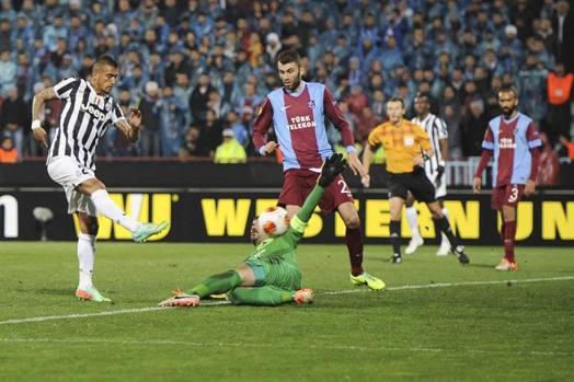 Il destro di Vidal che sblocca il risultato. Lapresse