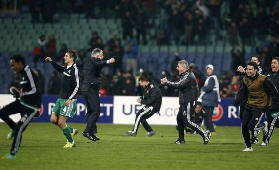 La gioia dei bulgari a fine partita. Reuters
