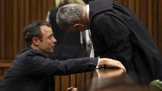 Oscar Pistorius in tribunale. Reuters