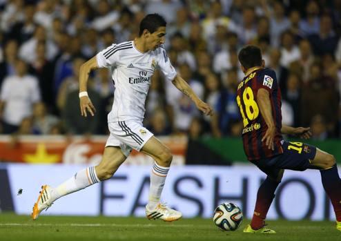 All'11' Dani Alves perde palla. Rapida ripartenza Isco-Benzema con palla a Di Maria che si allarga sulla sinistra e trafigge Pinto in diagonale: 1-0.