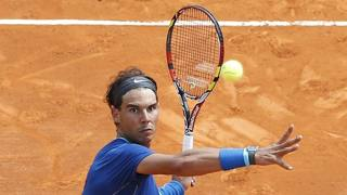 Rafael Nadal sul centrale del Country Club. Afp