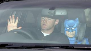 Bufera United: Rooney si rivolge a Batman