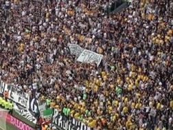 Lo striscione per Speziale a Torino