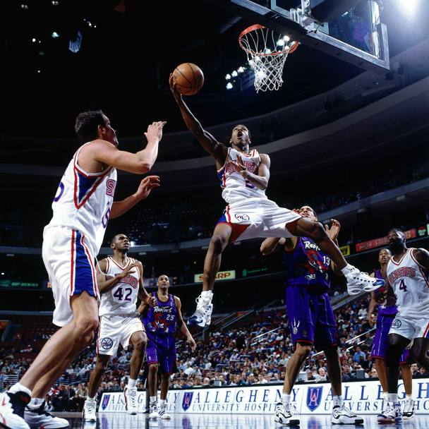 Nel 1997 in gara contro i Toronto Raptors (Nba/Getty Images)