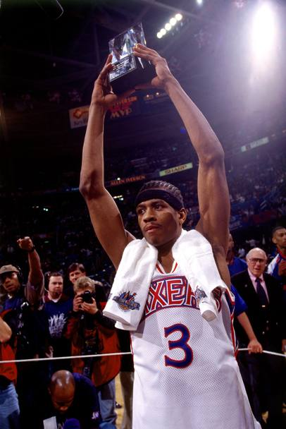 Col premio come miglior rookie, 1997 (Nba/Getty Images)