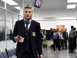 Ciro Immobile in aeroporto a Malpensa. Ansa