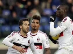 Balo con Boateng e Flamini nella stagione 2012/13. LaPresse