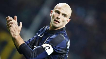 Esteban Cambiasso close to completing Spurs move [Gazzetta dello Sport]