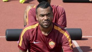 Ashley Cole, 33 anni. Ansa
