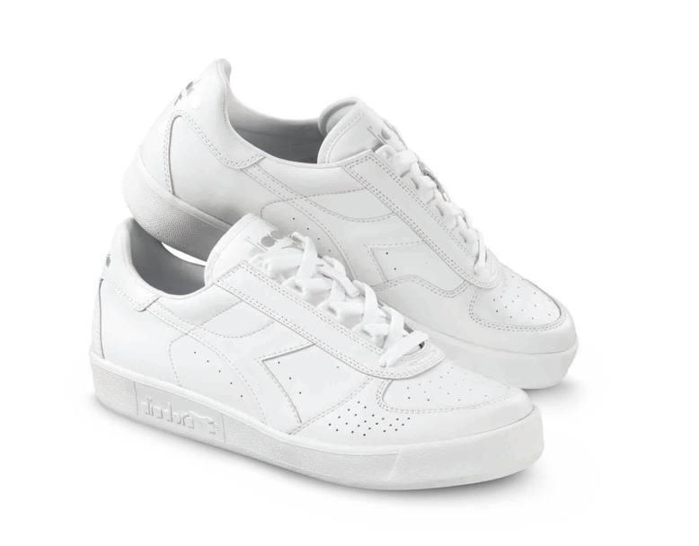 Sneakers ritorno al passato ora vanno di moda for Adidas che cambiano colore