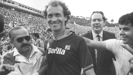 Paulo Roberto Falcão è stato un giocatore della Roma dal 1980 al 1985. Agi