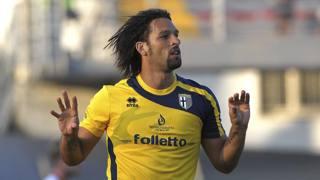 L'esultanza di Amauri per il gol al Carpi. Getty