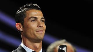 "CR7 veste Dsquared2 per il ""Uefa Best Player"""