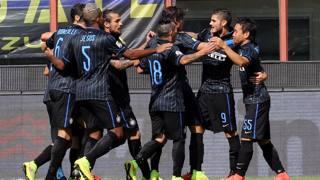 L'Inter esulta dopo il 7-0 col Sassuolo. Ansa