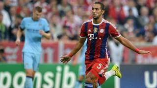 Mehdi Benatia, al debutto in Champions col Bayern. Epa