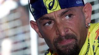 Marco Pantani al Giro d'Italia. LaPresse