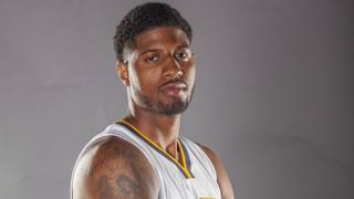 Paul George in posa durante il media day. Reuters