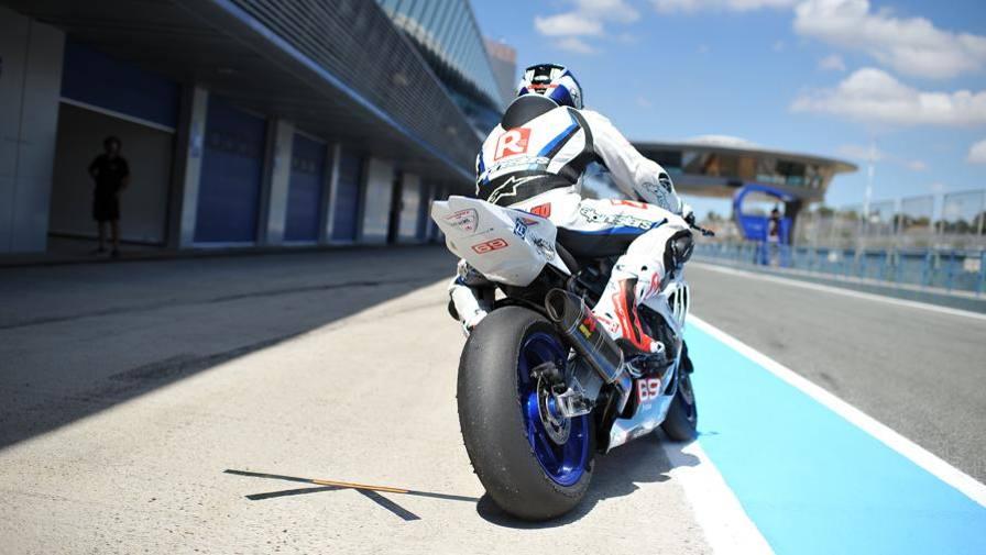 Ultime Notizie:  Bmw S 1000 RR racing Una moto, tanti caratteri